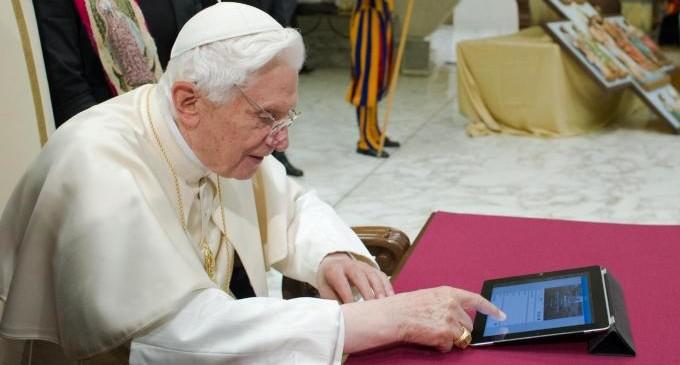 I cinguettii del Papa. Successo o epic fail?